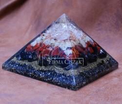 pyramid 15 cm high